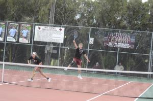 district tennis match 090
